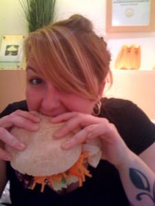 Jenny Klijnsmit een een broodje