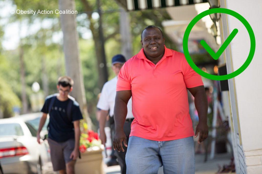 Wereld Obesitas Dag - Dikke mensen winkelen