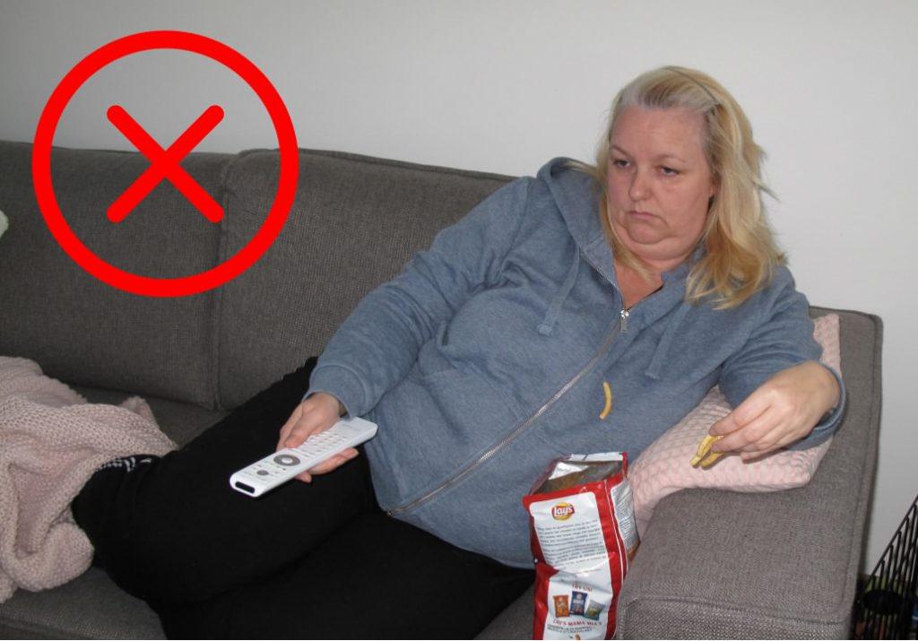 Wereld Obesitas Dag - Stigmatiserende foto van luie dikke mensen